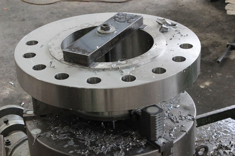 stainless steel WNRF flange drilling
